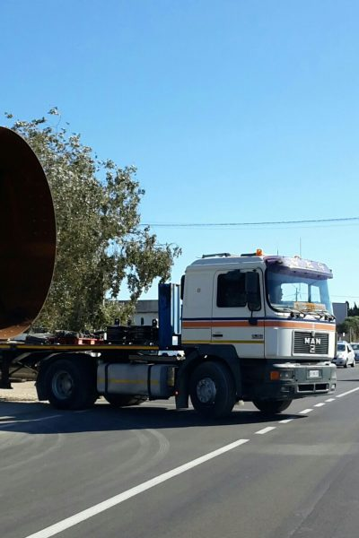 Carico eccezionale pronto al trasporto con scorta tecnica- Logistica Essetti