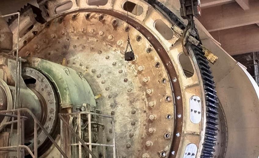 Servizio sollevamento industriale dell'ingranaggio di un Mulino.